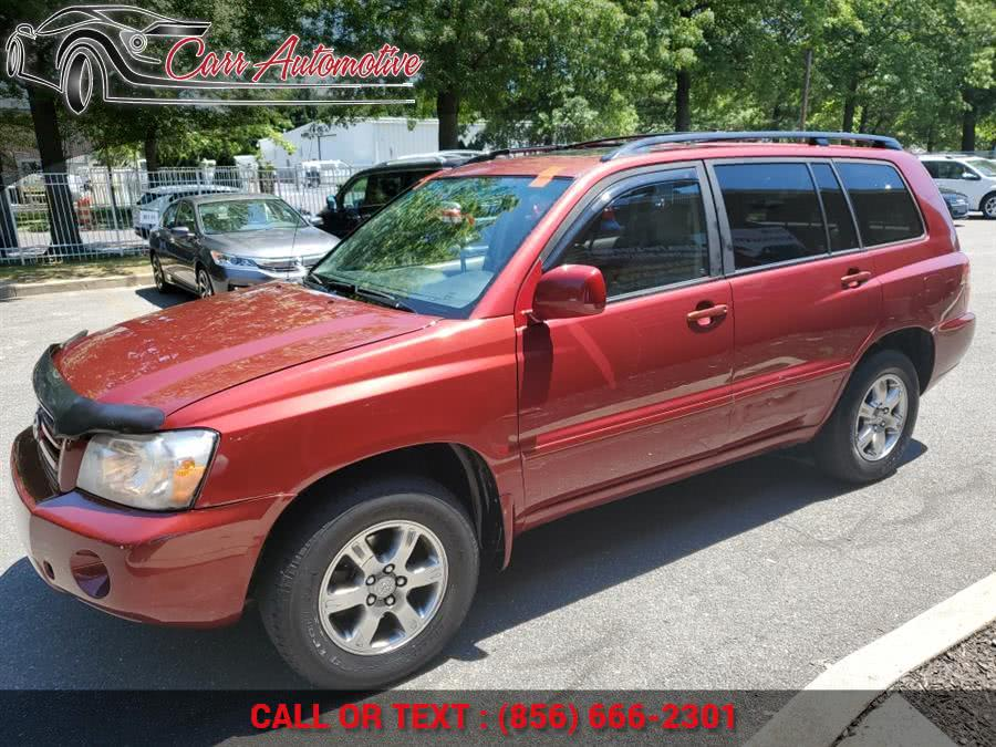Used Toyota Highlander 4dr V6 4WD w/3rd Row 2006 | Carr Automotive. Delran, New Jersey