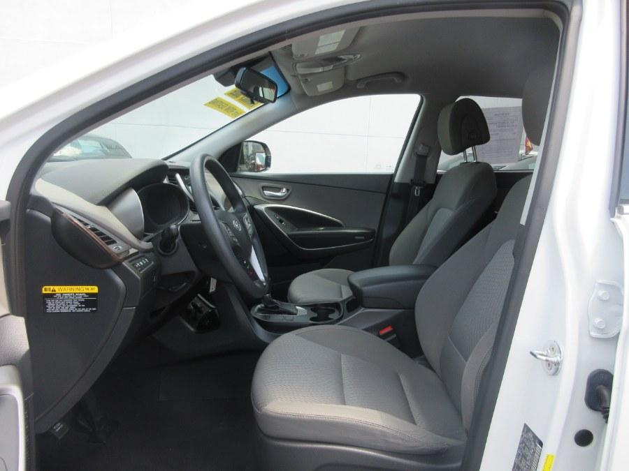 Used Hyundai Santa Fe SE 3.3L Auto AWD 2017 | Route 27 Auto Mall. Linden, New Jersey