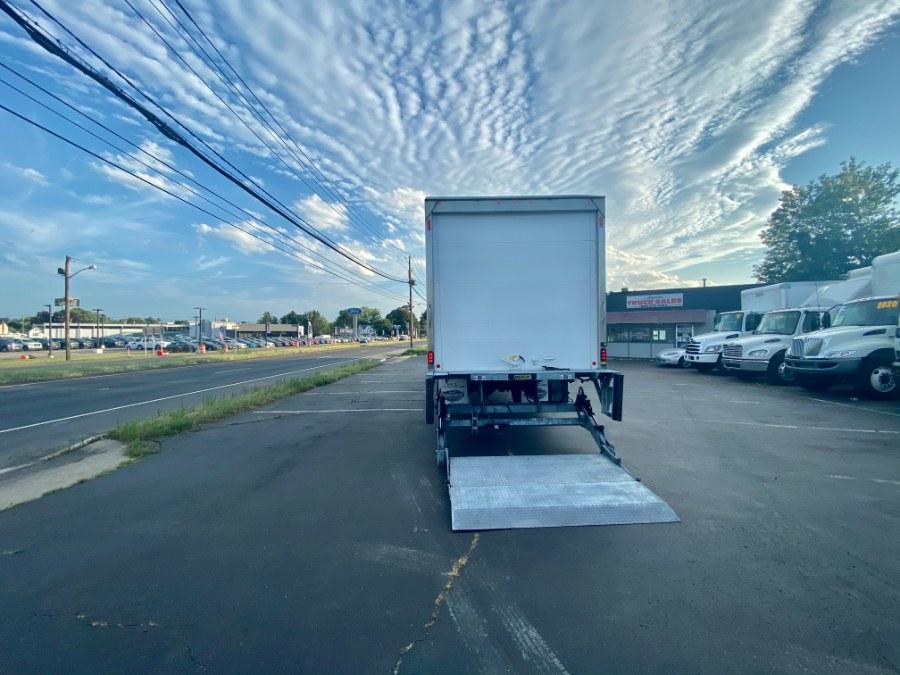 2017 International 4300 SBA BOX TRUCK photo