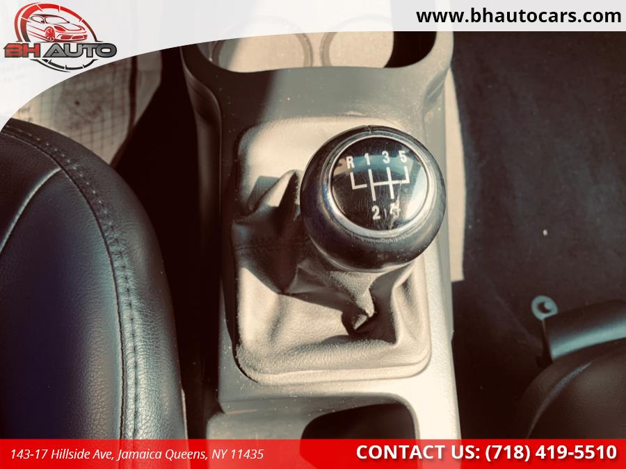 Used Volkswagen New Beetle Coupe 2dr Man S 2009 | BH Auto. Jamaica Queens, New York