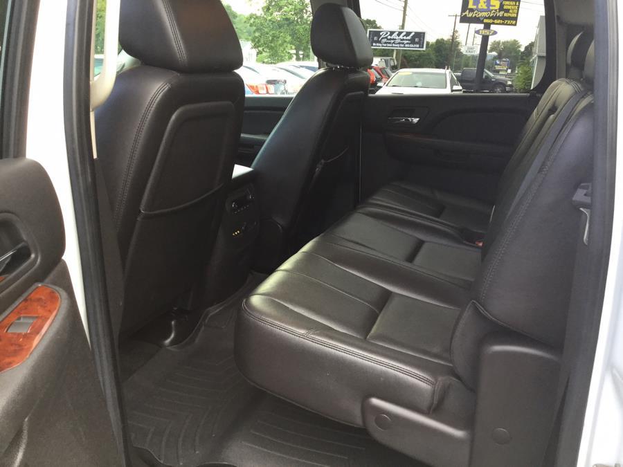 "Used Chevrolet Silverado 2500HD 4WD Crew Cab 153"" LTZ 2009 | L&S Automotive LLC. Plantsville, Connecticut"