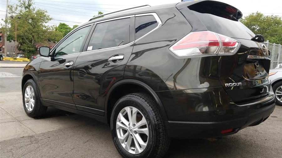 2016 Nissan Rogue AWD 4dr SV photo