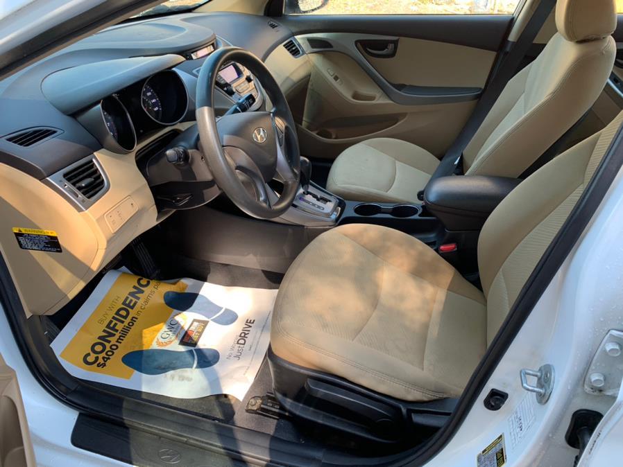 Used Hyundai Elantra 4dr Sdn Auto GLS (Alabama Plant) 2013 | Danny's Auto Sales. Methuen, Massachusetts