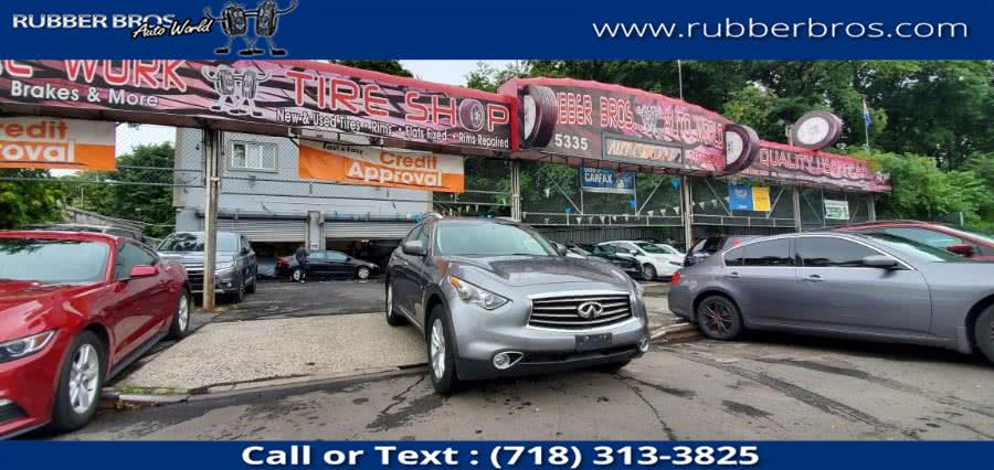 Used 2014 INFINITI QX70 in Brooklyn, New York | Rubber Bros Auto World. Brooklyn, New York