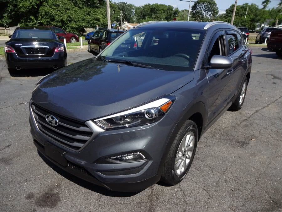 Used 2017 Hyundai Tucson in Islip, New York | Mint Auto Sales. Islip, New York