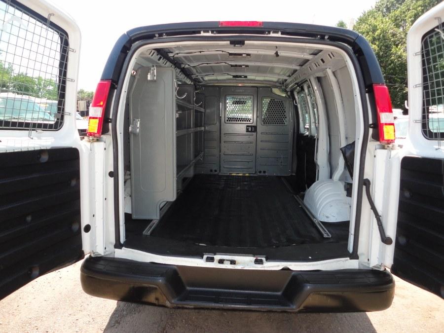 "Used GMC Savana Cargo Van RWD 2500 135"" 2016 | International Motorcars llc. Berlin, Connecticut"