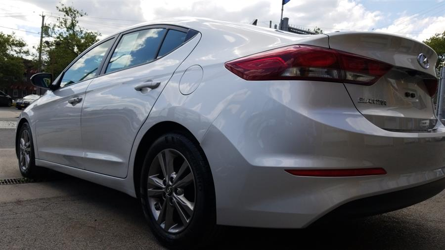 Used Hyundai Elantra SE 2.0L Auto (Alabama) *Ltd Avail* 2017 | New York Motors Group Solutions LLC. Bronx, New York