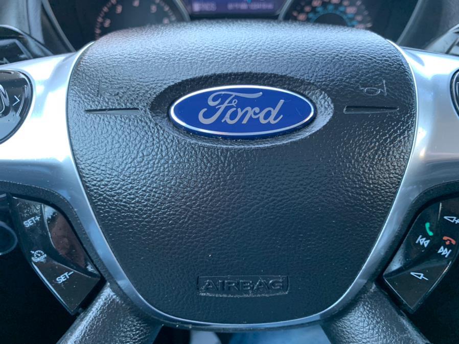 Used Ford Focus 4dr Sdn SEL 2012 | Rt 138 Auto Center Inc . Taunton, Massachusetts