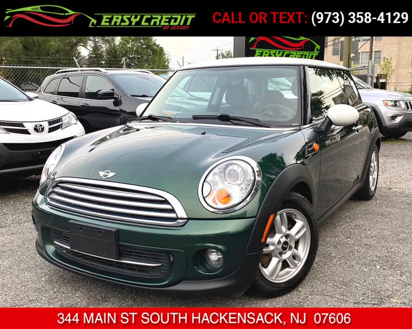 Used 2012 MINI Cooper Hardtop in South Hackensack, New Jersey | Easy Credit of Jersey. South Hackensack, New Jersey