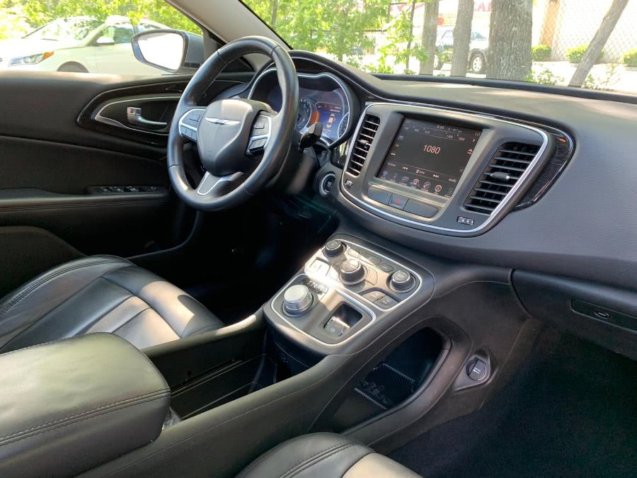 Used Chrysler 200 4dr Sdn C AWD 2015 | Sena Motors Inc. Revere, Massachusetts