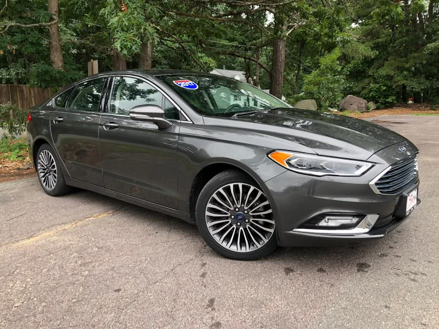 Used Ford Fusion SE FWD 2017 | Sena Motors Inc. Revere, Massachusetts
