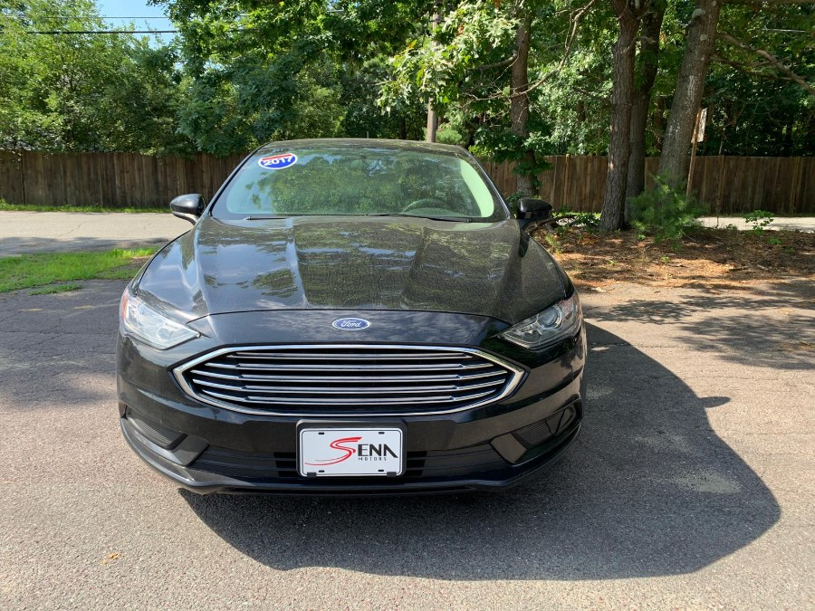2017 Ford Fusion SE FWD photo
