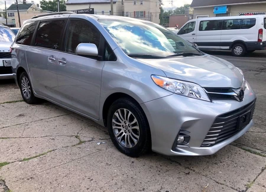Used 2020 Toyota Sienna in Paterson, New Jersey | MFG Prestige Auto Group. Paterson, New Jersey