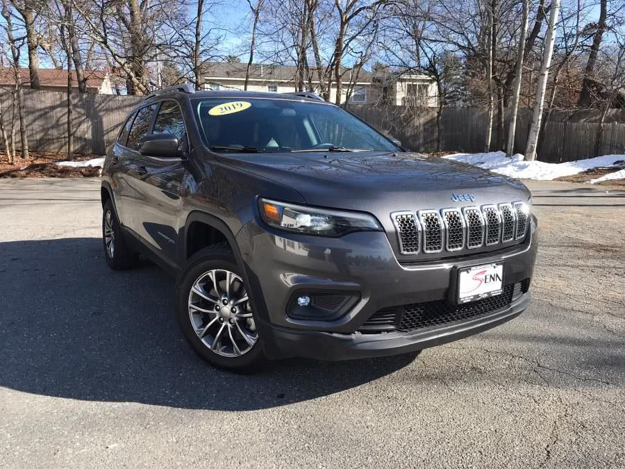 Used Jeep Cherokee Latitude Plus 4x4 2019   Sena Motors Inc. Revere, Massachusetts