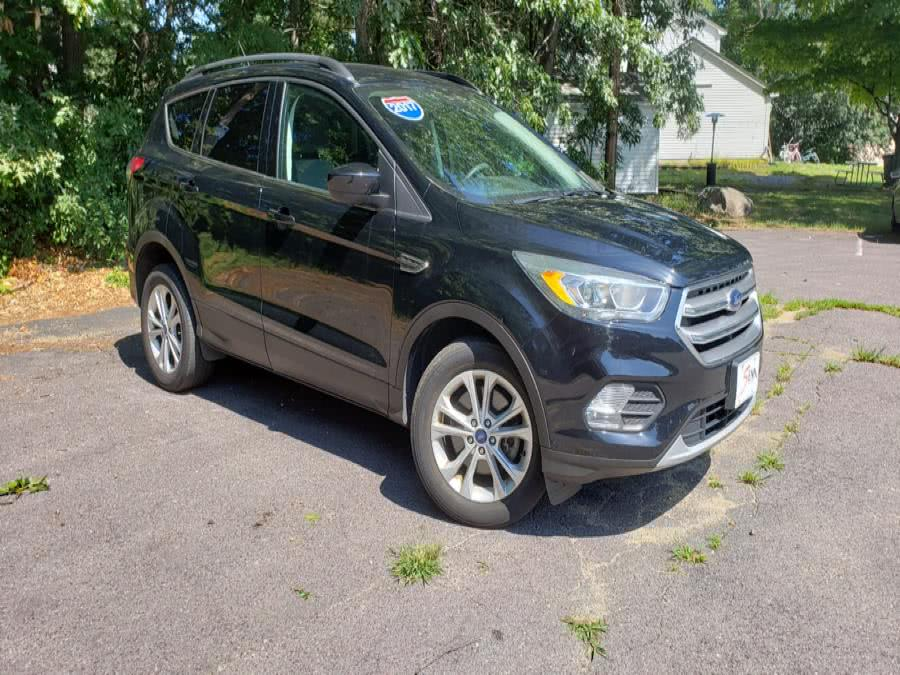 Used Ford Escape SE 4WD 2017 | Sena Motors Inc. Revere, Massachusetts