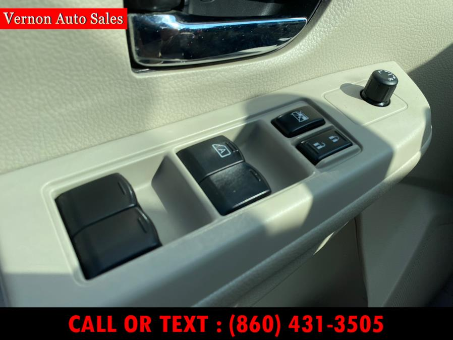 Used Subaru XV Crosstrek 5dr Auto 2.0i Premium 2013 | Vernon Auto Sale & Service. Manchester, Connecticut