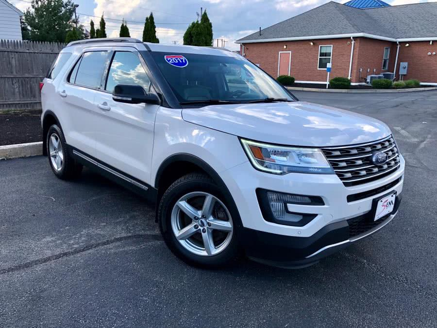Used Ford Explorer XLT 4WD 2017 | Sena Motors Inc. Revere, Massachusetts