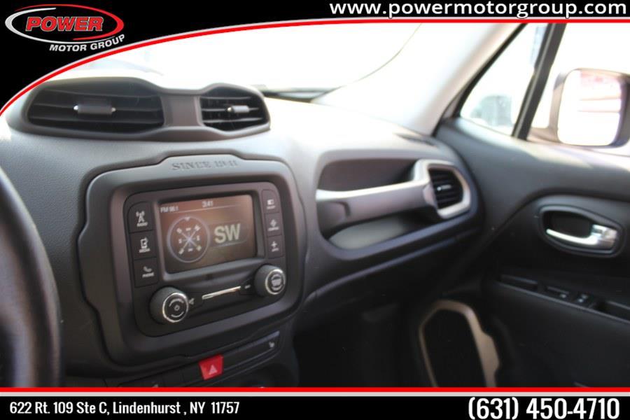 Used Jeep Renegade 4WD 4dr Latitude 2016   Power Motor Group. Lindenhurst , New York