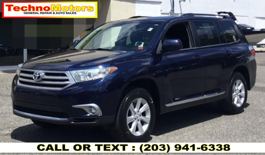 Used 2013 Toyota Highlander in Danbury , Connecticut | Techno Motors . Danbury , Connecticut