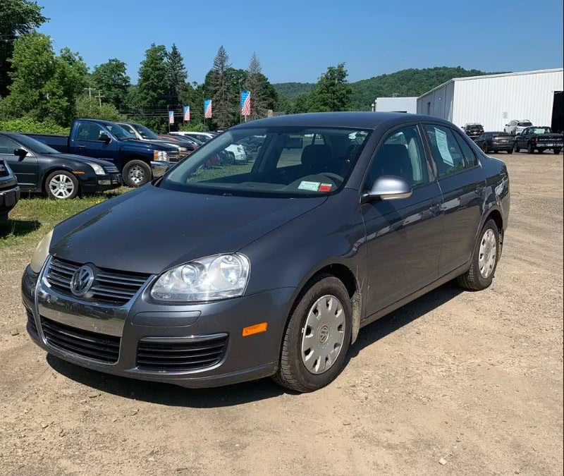 Used 2006 Volkswagen Jetta Sedan in South Hadley, Massachusetts | Payless Auto Sale. South Hadley, Massachusetts