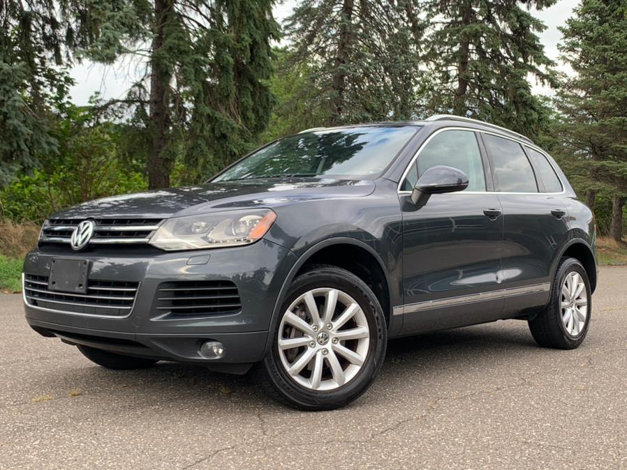 Used Volkswagen Touareg 4dr VR6 Sport *Ltd Avail* 2011 | Platinum Auto Care. Waterbury, Connecticut