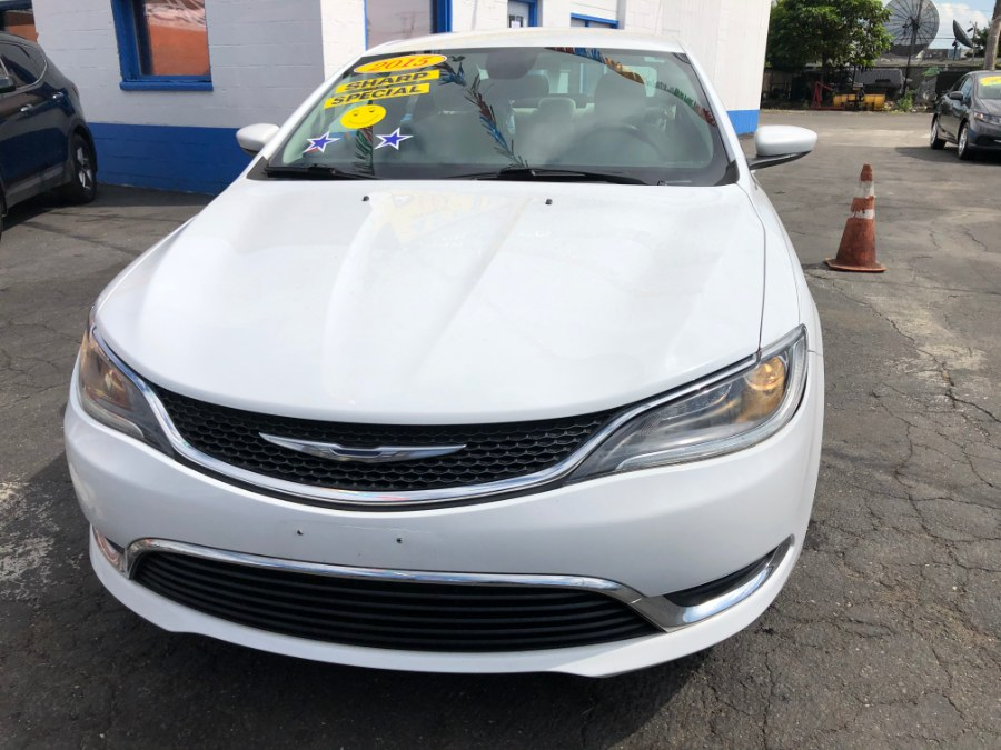 Used Chrysler 200 4dr Sdn Limited FWD 2015 | Affordable Motors Inc. Bridgeport, Connecticut