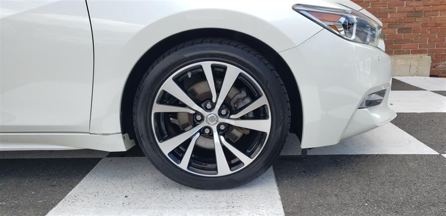 Used Nissan Maxima 3.5L  SL 2017 | National Auto Brokers, Inc.. Waterbury, Connecticut