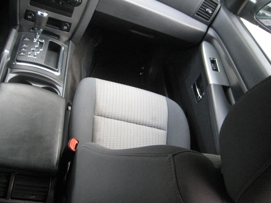 Used Jeep Grand Cherokee Laredo 4x4 4dr SUV 2010 | Rite Choice Auto Inc.. Massapequa, New York