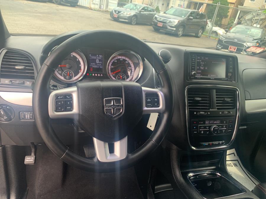 Used Dodge Grand Caravan GT Wagon 2018 | Auto Haus of Irvington Corp. Irvington , New Jersey