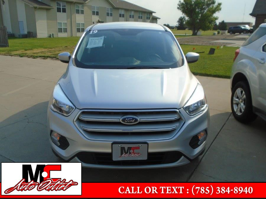 Used Ford Escape SE FWD 2019   M C Auto Outlet Inc. Colby, Kansas