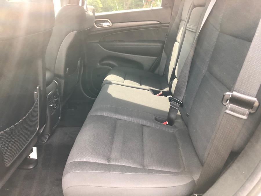 Used Jeep Grand Cherokee 4WD 4dr Laredo 2014   Malkoon Motors. Agawam, Massachusetts