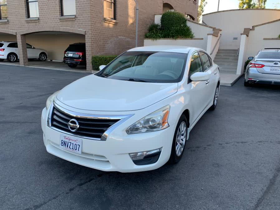 Used 2015 Nissan Altima in Lake Forest, California | Carvin OC Inc. Lake Forest, California