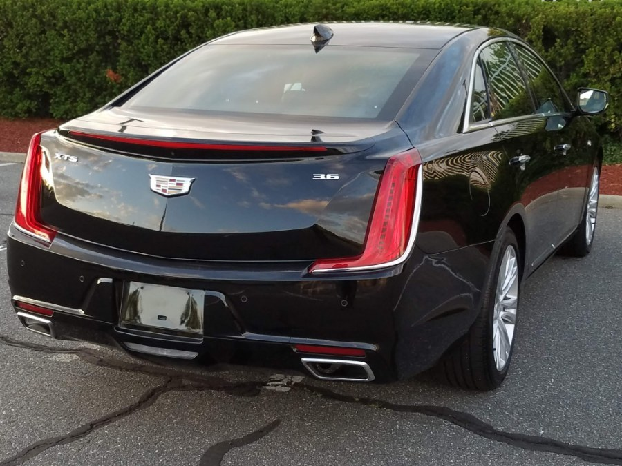 2019 Cadillac XTS 4dr Sdn Luxury w/Leather,Navigation,Back-up Camera, available for sale in Queens, NY