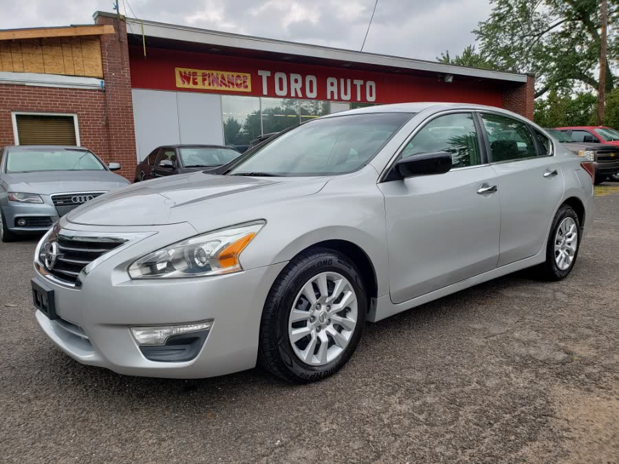 Used Nissan Altima 4dr Sdn I4 2.5 S 2013   Toro Auto. East Windsor, Connecticut