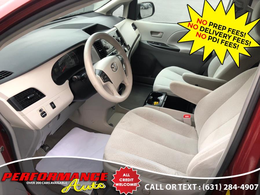 Used Toyota Sienna 5dr 7-Pass Van V6 LE AAS FWD (Natl) 2011   Performance Auto Inc. Bohemia, New York
