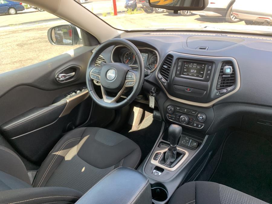Used Jeep Cherokee Latitude FWD 2017 | E Cars . Brooklyn, New York