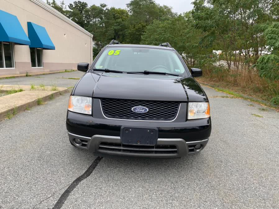 Used 2005 Ford Freestyle in Swansea, Massachusetts | Gas On The Run. Swansea, Massachusetts