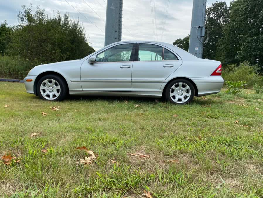 Used 2005 Mercedes-Benz C-Class in Wallingford, Connecticut | Vertucci Automotive Inc. Wallingford, Connecticut