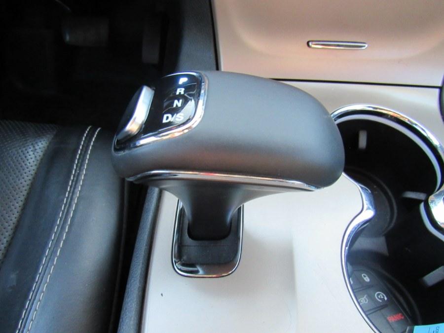 Used Jeep Grand Cherokee Limited 2015 | Hilario's Auto Sales Inc.. Worcester, Massachusetts