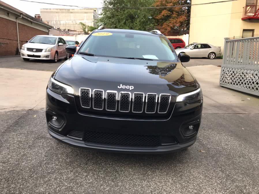 Used 2019 Jeep Cherokee in Jamaica, New York | Hillside Auto Center. Jamaica, New York
