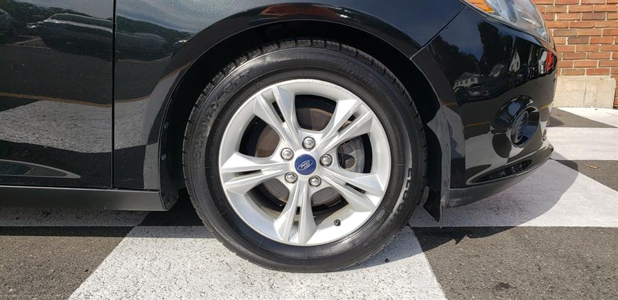 Used Ford Focus 5dr HB SE 2014   National Auto Brokers, Inc.. Waterbury, Connecticut