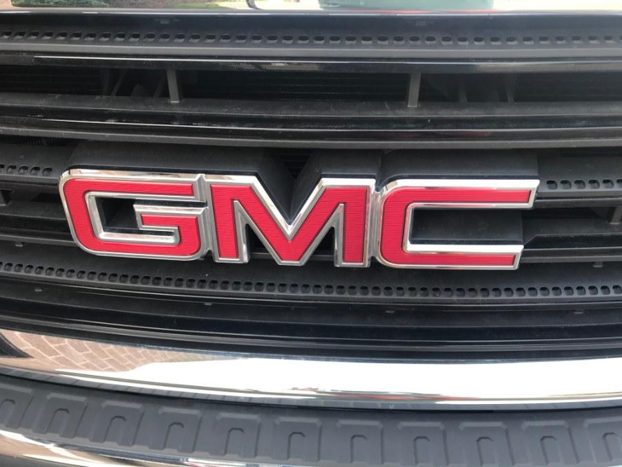 "Used GMC Sierra 3500HD 4WD Reg Cab 137.5"" WB, 59.06"" CA 2018 | Airway Motors. Bridgeport, Connecticut"