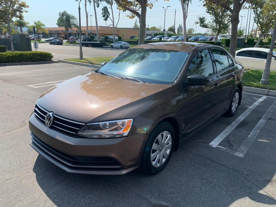 Used Volkswagen Jetta Sedan 4dr Auto 2.0L S 2015 | Carvin OC Inc. Lake Forest, California