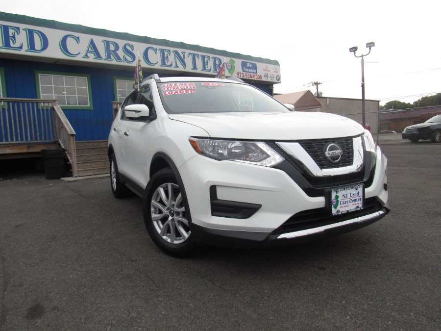 2019 Nissan Rogue FWD SV photo