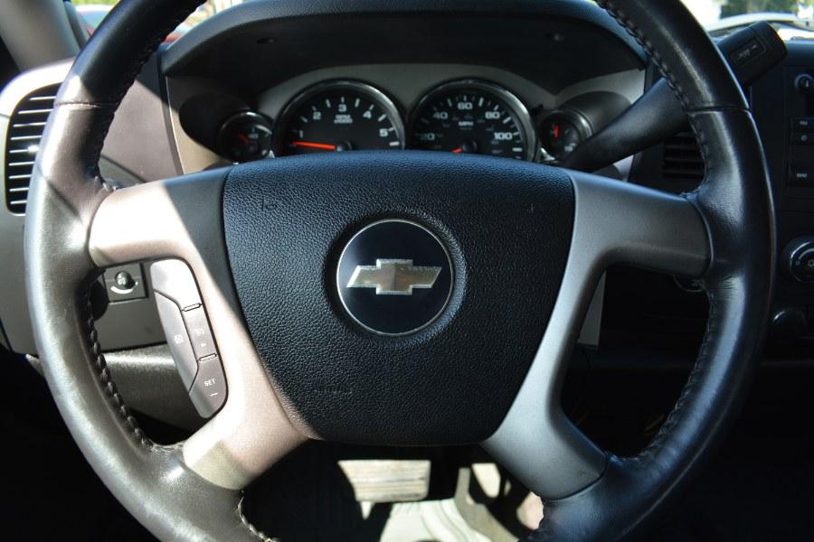 "Used Chevrolet Silverado 1500 4WD Ext Cab 157.5"" LT w/1LT 2008   Longmeadow Motor Cars. ENFIELD, Connecticut"