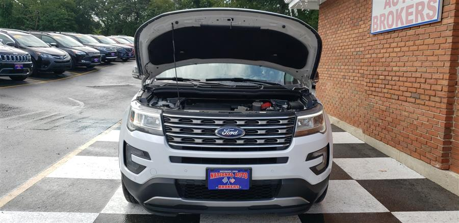 Used Ford Explorer 4WD 4dr XLT 2016 | National Auto Brokers, Inc.. Waterbury, Connecticut