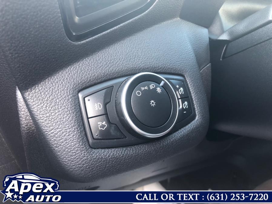 Used Ford Escape 4WD 4dr Titanium 2016 | Apex Auto. Selden, New York