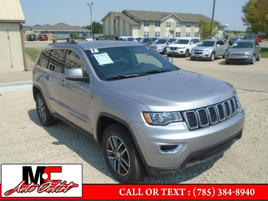 Used Jeep Grand Cherokee Laredo 4x4 2018 | M C Auto Outlet Inc. Colby, Kansas