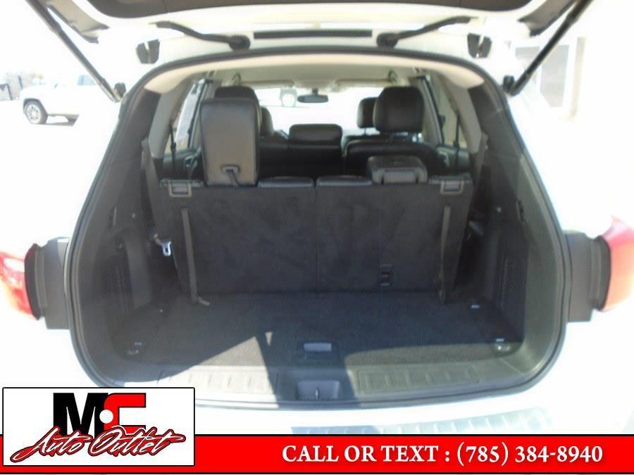 Used Nissan Pathfinder 4x4 SL 2017 | M C Auto Outlet Inc. Colby, Kansas