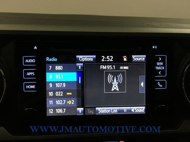 Used Toyota Tacoma TRD Sport Double Cab 5' Bed V6 4x4 2017 | J&M Automotive Sls&Svc LLC. Naugatuck, Connecticut